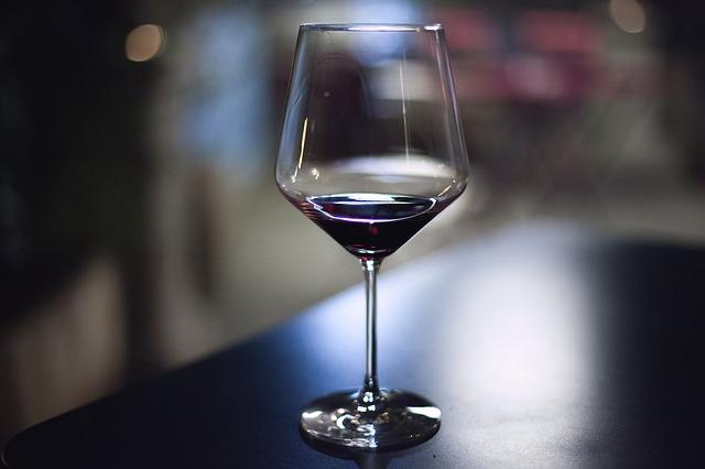 sklenka na víno